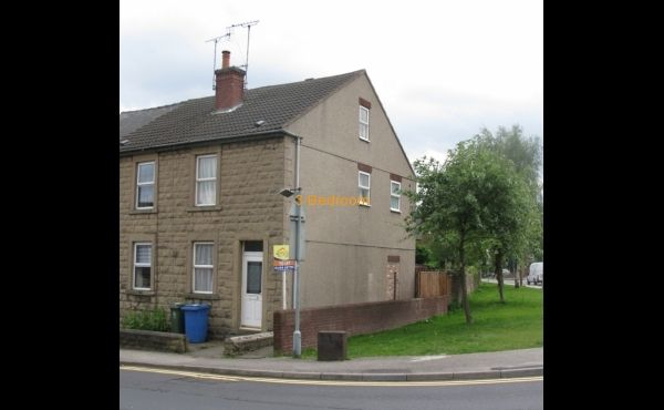 Wood Street Mansfield NG18 1QB 3 Bed property for rent!